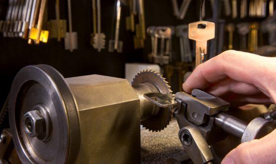 locksmith key