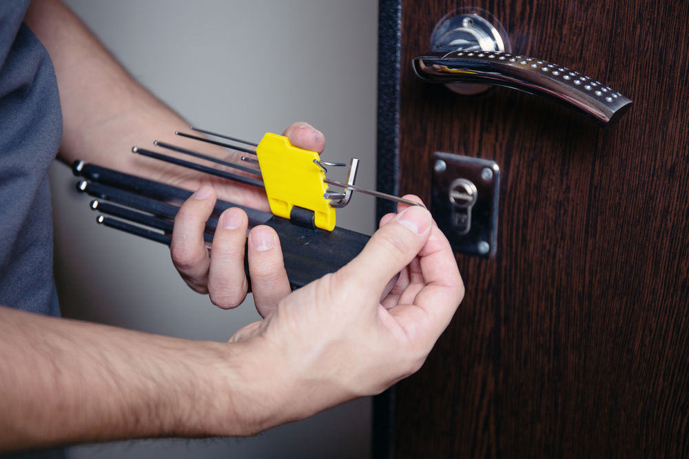 What's Difference Between Rekeying Replacing Locks